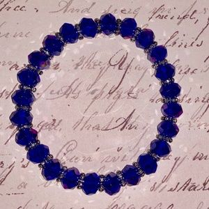 Bracelet- NEW- Beautiful  Blue Stretch Bracelet